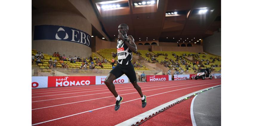 Джошуа Чептегеи побил рекорд на дистанции 5000 метров