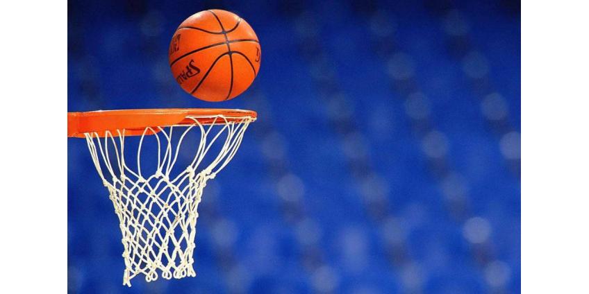 """""""Бостон"""" и """"Торонто"""" стали первыми четвертьфиналистами плей-офф НБА"""