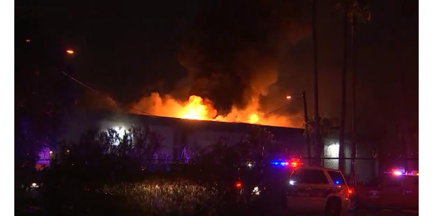 Около 50 человек остались без крова в результате пожара около 20-й Авеню и Indian School
