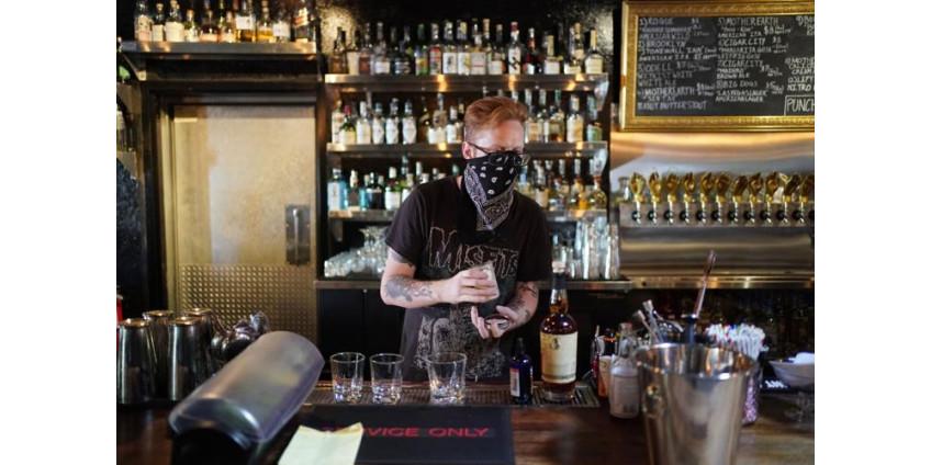 В Лас-Вегасе и Рино бары и таверны остаются закрытыми