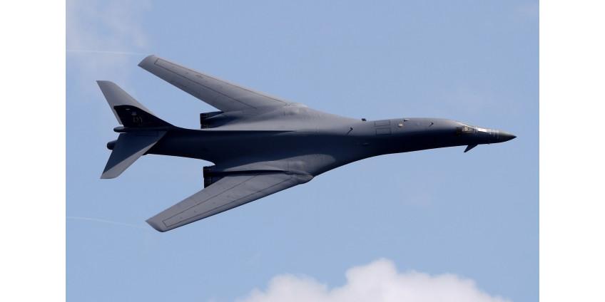 США перебросили на Гуам четыре стратегических бомбардировщика для последующих учений