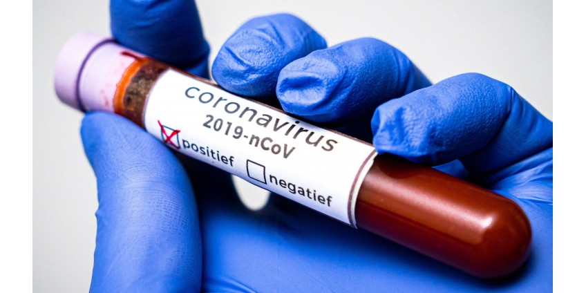 В округе Кларк объявили о 890 новых случаях COVID-19
