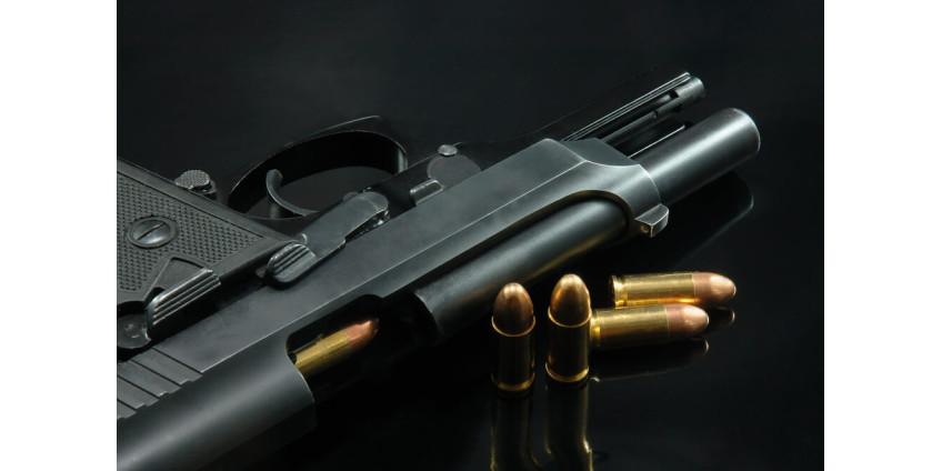 В субботу вечером в Восточном Лос-Анджелесе были застрелены мужчина и женщина