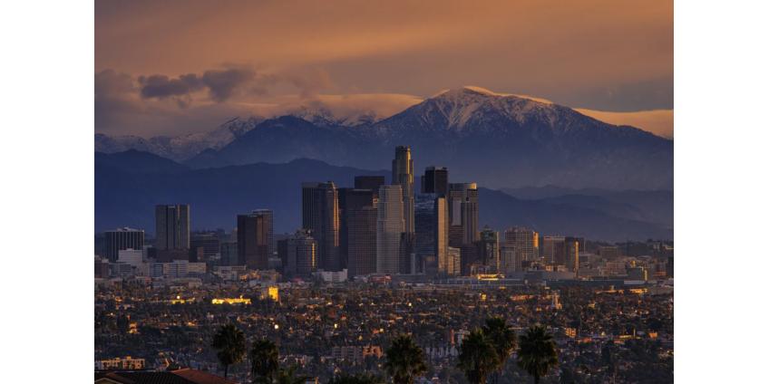 Число погибших в округе Лос-Анджелес от COVID-19 превысило 9000 человек, а госпитализации продолжают устанавливать рекорды