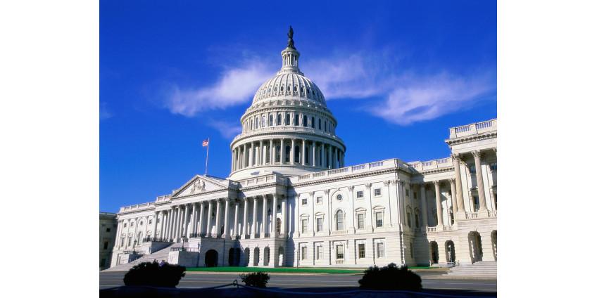 В Вашингтоне из-за беспорядков и стрельбы в Конгрессе вводят комендантский час