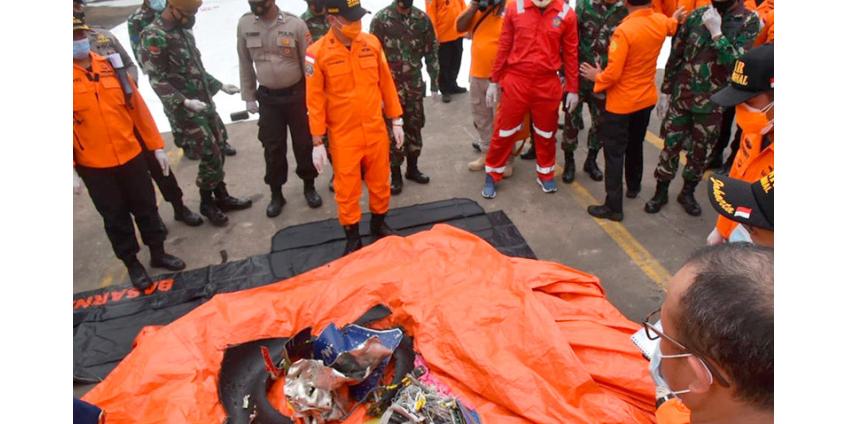 В Индонезии подтвердили крушение самолета севернее Джакарты