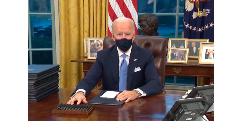 Джо Байден на свой вкус изменил обстановку в Овальном кабинете Белого дома
