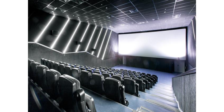 В Лос-Анджелесе постепенно разрешили открывать кинотеатры