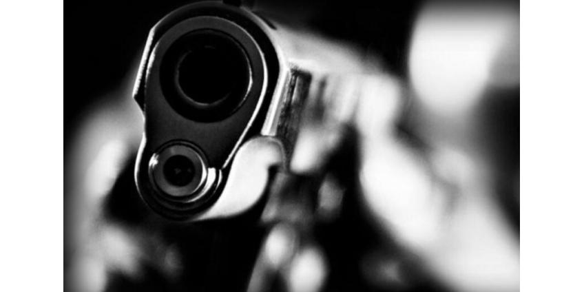 Двое мужчин устроили смертельную стрельбу у ресторана в Пасадене