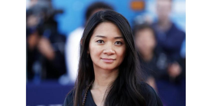 Хлои Чжао стала первой цветной женщиной, получившей высшую награду Гильдии режиссеров США