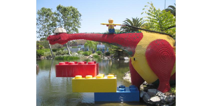 Legoland California вновь официально открывается после 13-месячного закрытия