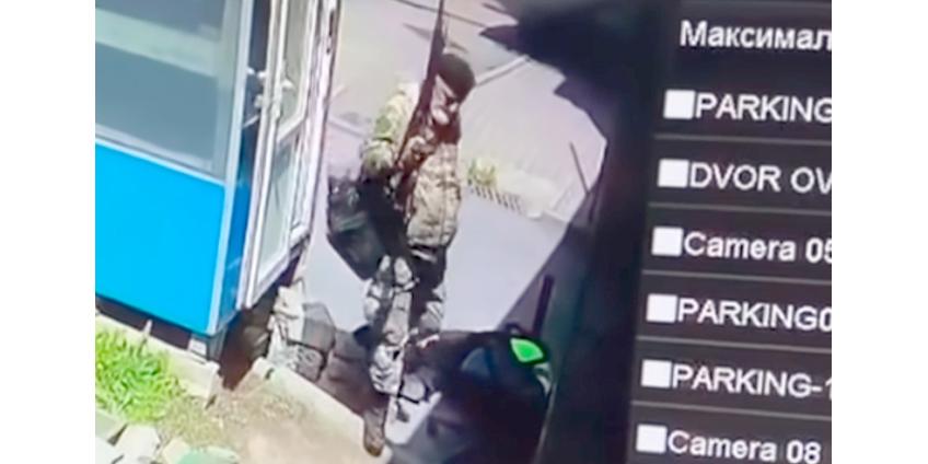 В Алма-Ате россиянин в камуфляже 6 часов отстреливался от полиции, а затем покончил с собой