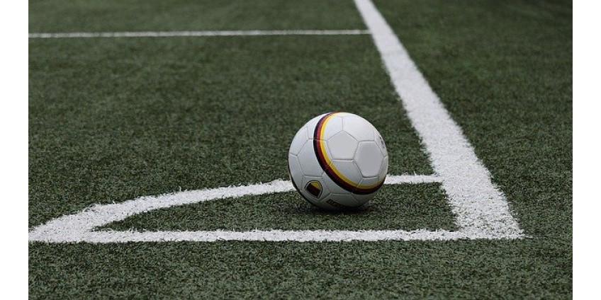 В Нидерландах мужчинам и женщинам разрешили вместе играть в футбол