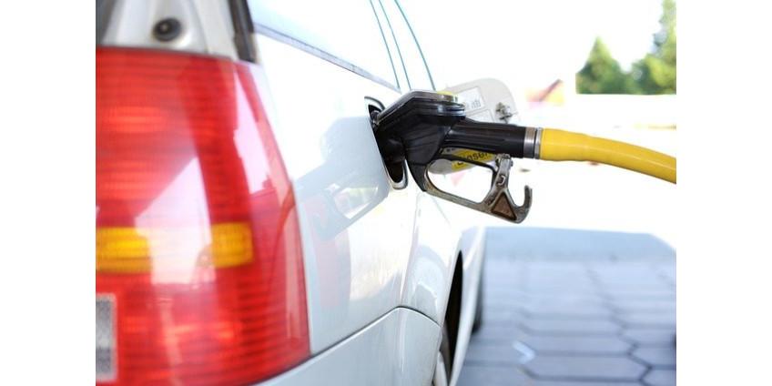Средняя цена бензина в округе Лос-Анджелес растет в 32-й раз за 35 дней