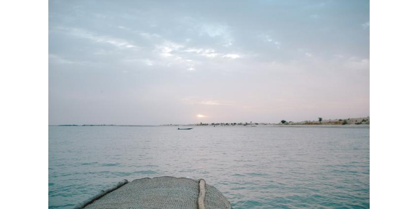 В Нигерии перевернулось судно со 160 пассажирами. Большинство пропали без вести