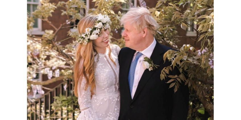 Борис Джонсон тайно обвенчался со своей возлюбленной
