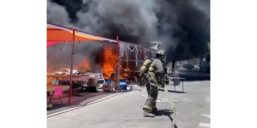 В Северном Лас-Вегасе произошел пожар на рынке Broadacres