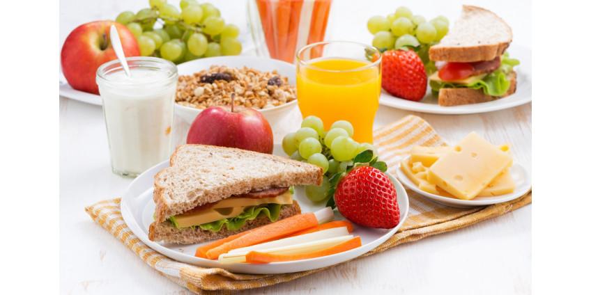 Дети могут получить бесплатные обеды в некоторых парках Лос-Анджелеса до 9 августа
