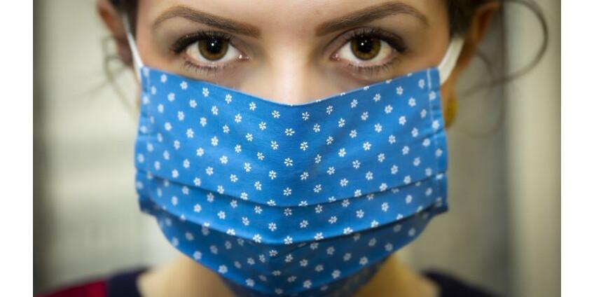 В Лос-Анджелесе настоятельно рекомендуют носить маски даже привитым