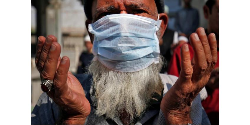 Число погибших от коронавируса в Индии превысило 400 тысяч