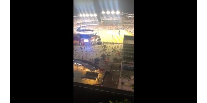 Мужчина устроил стрельбу на стадионе в США