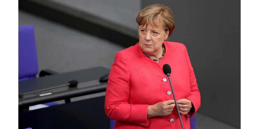 Меркель впервые назвала себя феминисткой