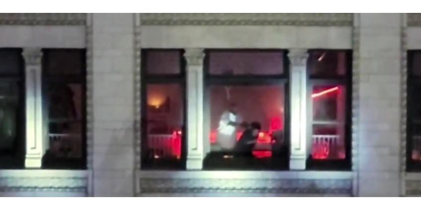 В Лос-Анджелесе спецназ освободил заложницу из захваченной квартиры